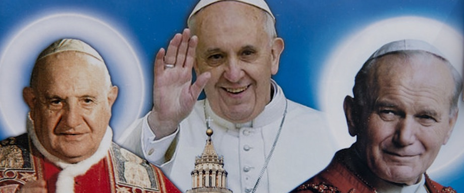 Tres Sumos Pontífices
